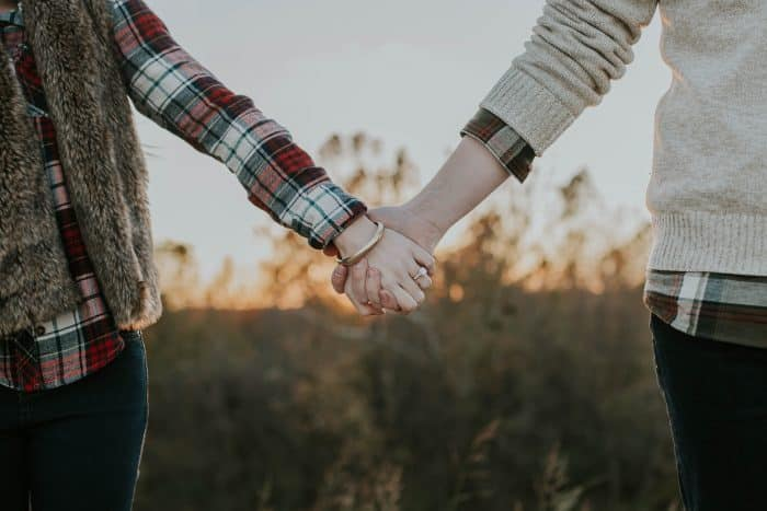 21 Healthy Ways To Rebuild Trust In Your Marriage