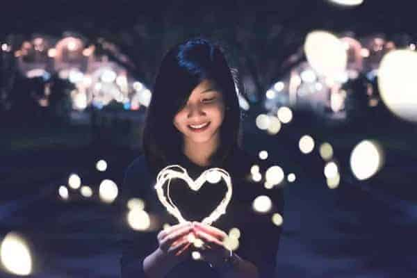 How to Get a Guy to Notice You-relationshiptips4u